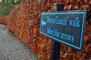 Dun na Cuaiche walk follow blue arrows.